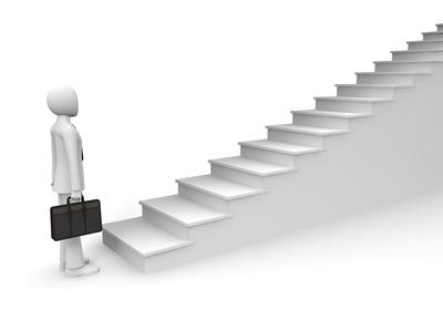 就活の準備段階から内定までの流れ